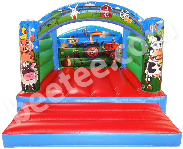 deluxe farm bouncy castle