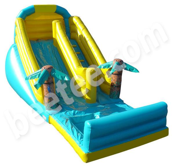 inflatable slide with water splash
